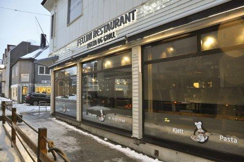 Må betale: Fellini Restaurant har fått gebyr fra Vågan kommune.