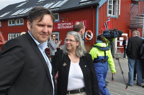 Ferge og kommunesammenslåing: Moskenes-ordfører Lillian Rasmussen mener ordfører Jonny Finstad og politikerne på Vestvågøy sitt standpunkt i fergedebatten vil påvirke klimaet i diskusjonen om kommunesammenslåing. arkivfoto: magnar johansen