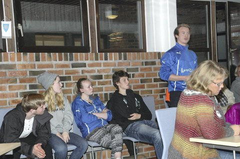 Debatt: Gjermund Haakestad Aressønn var en av de unge som ytret seg i debatten. Foto: Eirik Eidissen