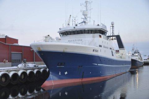 Ran av kysten: Professor Torbjørn Trondsen ved Norges fiskerihøgskole i Tromsø håper politikerne setter foten ned for forslagene om å la trålerrederiene ta med seg fisken fra nord til sør. – Da står vi foran et ran av kysten, hevder Trondsen. Bildet er fra Norway Seafoods anlegg i Stamsund.