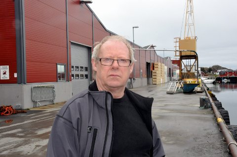 Pliktkommisjonen: Konserntillitsvalgt i Norway Seafoods, Bjarne Kristiansen, mener forslagene til pliktkommisjonen som har vurdert de tre pliktene trålerrederi har for å skaffe råstoff til landanlegg kan få dramatiske konsekvenser. foto: Magnar Johansen