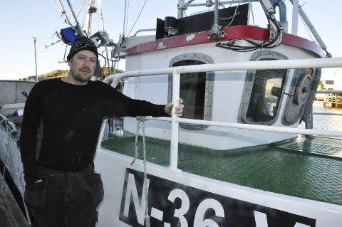 Satser på prima fisk: Ivar Killi er egentlig TV-tekniker men satser på fisk av prima kvalitet fra Skrova. Han begynte med skrei, men forteller at det også har vært etterspørsel etter andre ting. I sommer har han derfor fisket litt kveite, sei og litt torsk. Killi driver også rorbu-turisme i Skrova ved siden av å ha eget fryseri og fiskebruk i miniatyr. Nå er han klar for en spennende vintersesong.