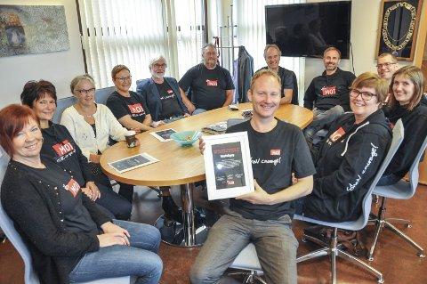 Pris: Vestvågøy kommunene fikk i høst prisen for beste lokalsamfunn nord for Dovre. Foto: Lise Fagerbakk