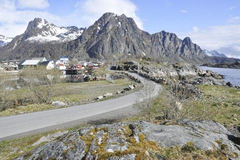 Bygge: På Kjeøyskjæret er det tenkt leiligheter og parkering. Leiligheter på Svolværsiden av veien, parkering på den andre siden.