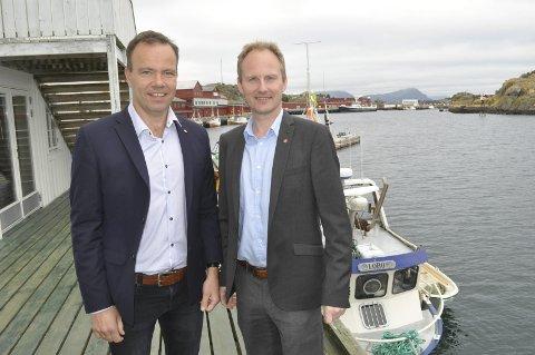 «Nordtroms»: Fylkesrådsleder i Nordland, Tomas Norvoll (t.v.), vil forhandle med Troms om å slå seg sammen til en region. Vestvågøy-ordfører Remi Solberg er i utgangspunktet positiv. – Den endelige avtalen om hva vi får ut av en ny region vil være avgjørende, sier Solberg. foto: MAGNAR JOHANSEN