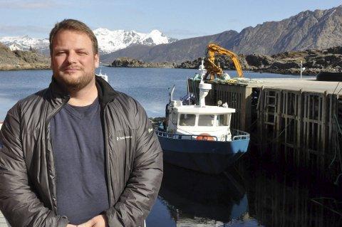STØTTE: Fylkesmannen mener fortsatt at Kurt Johan Svendsen og Isqueen bør få drive lakseoppdrett utenfor Stamsund.