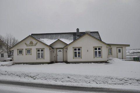 «GURATIND»: Det er dette bygget Vestvågøy Røcde Kors nå har kjøpt. Foto: Kai Nikolaisen