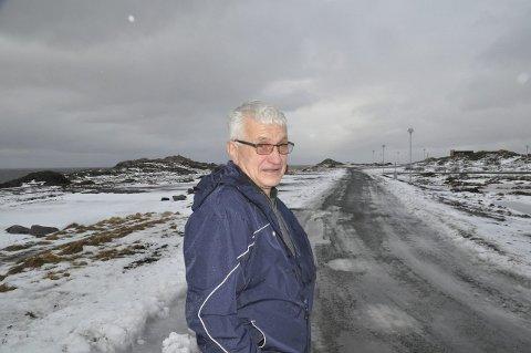 BOLIGER: Grunneier Kristian Lennertsen håper en løsning kommer for fortsatt bygging i Jusneset.  foto: magnar johansen
