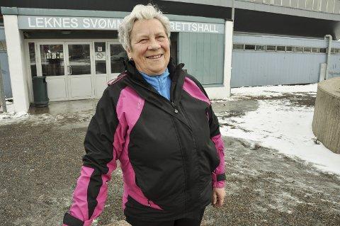 Glad: Randi Hennie Nilsen overvar behandlingen i kommunestyret, og håper nå alle gode krefter trår til for å sikre at bassenget blir bygget. Foto: Lise Fagerbakk