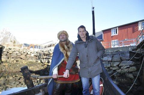 TOKT: Høvedsmann Terje Bøe og programleder Dan Snow,gledet seg begge til en filmdag på lofot-havet. Begge foto: Kai Nikolaisen
