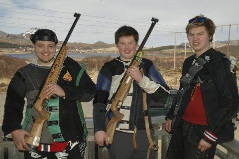 TRIO: Trioen William Brandt (fra venstre), Torleif Martinussen og Oddvar Martinussen har NNM og Landsskytterstevnet som de store høydepunktene sesongen 2016.Begge foto: Eirik Eidissen