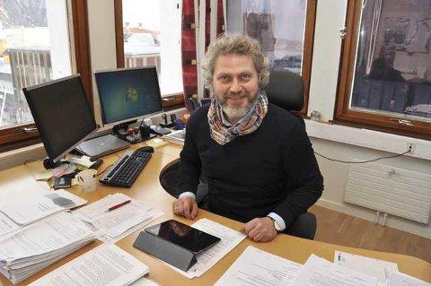 Positiv utvikling: – Vi er inne i en god utvikling økonomisk sett, sier rådmann Tommy Stensvik i Vågan. Foto: Knut Johansen.
