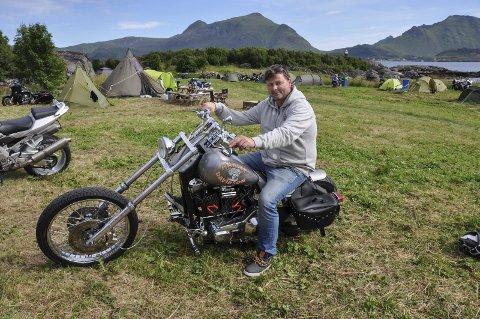 Første gang: Vegard Olsen fra Bodø var på MC-treffet for første gang. Det var også hans første MC-treff noensinne. Sykkelen har han skrudd selv, og skal vi tro kompisene er den svært sjelden, og en av fire i hele verden.