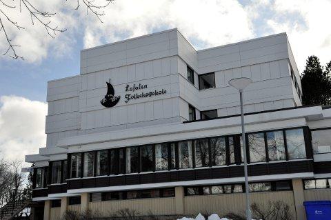 Populær: Lofoten Folkehøgskole på Finneset i Kabelvåg er en svært ettertraktet skole. Foto: John-Arne Storhaug.