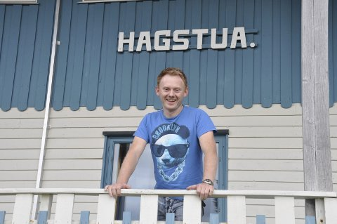 GAPSKRATT: Kenneth Salomonsen ved Hagstua AS byr på gapskratt og magi lørdags kveld. Arkivfoto: Kai Nikolaisen