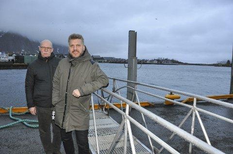Flertall:  Marius Jøsevold (nærmest) er glad for flertall for uttalelsen. Her sammen med Torgeir Selboe i Vågan SV.Foto: Øystein Ingebrigtsen