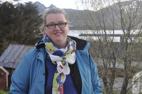 Faddere: Flyktningekonsulent Anne-Birgith Mørkved i Flakstad håper på frivillig innsats for hjelpe flyktningene som skal bosettes.