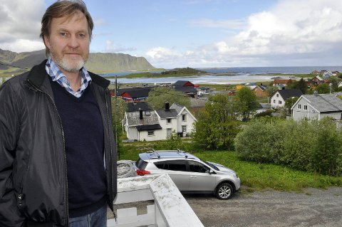 Spent: Nærings- og utviklingssjef Kurt Atle Hansen håper Flakstad kommune slipper å sende tilbake 3,2 millioner kroner til staten. Foto: Magnar Johansen