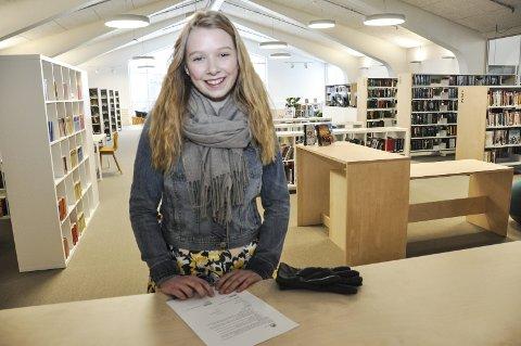 FINT: Matilde Mørk var første gjest i det nye biblioteket, som nå har fått navnet Meieriet bibliotek. Foto: Lise Fagerbakk