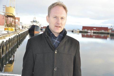 Gode signaler: Ordfører i Vestvågøy, Remi Solberg, var i Bodø mandag hvor han snakket med Ap-politikerne som sitter sentralt på fylket. Utifra signalene jobbes det intenst med å få gang- og sykkelvei mellom Ballstad og Gravdal tilbake i budsjettet, ifølge Solberg.