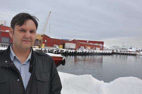 Kritisk: Jonny Finstad mener regjeringens forslag går mye lenger enn Høyres program når det gjelder trålernes plikter til landanlegg. – Forslaget betyr at fisk som i sin tid ble gitt rederiene for å komme Nord-Norge til gode kan forsvinne ut av landsdelen. arkivfoto: MAGNAR JOHANSEN