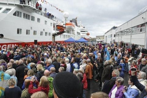 KYSTRUTA: Hurtigruten AS kan få konkurranse om kystruta mellom Bergen og Kirkenes. fOTO: bJRØNAR lARSEN