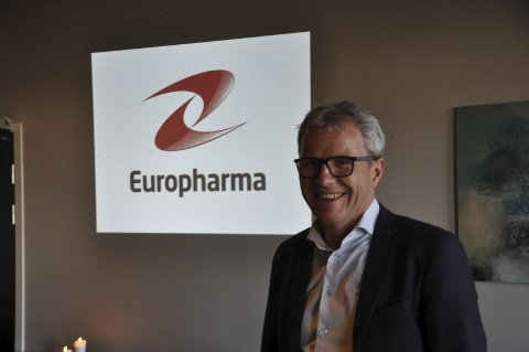 HISTORIEN: Jim-Roger Nordly fortalte om mange opp og nedturer i de 22 årene Europharma har eksistert. Foto: Kai Nikolaisen