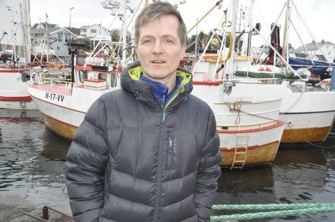 Motstand: Leder i Vestvågøy Fiskarlag, Ørjan Sandnes, leder et lokallag der meningene om kjøp og salg av kvoter i flåten under 11 meter er delte. – Et klart flertall er imot. Hovedgrunnen er at sammenslåing av kvoter kan ramme fiskeværene siden mesteparten av båtene er under 11 meter, sier han. FOTO: magnar Johansen