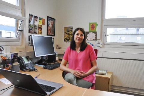 Ny rektor: Sylwia Bokwa Pedersen er ansatt som ny rektor ved Vågan Innvandrer- og opplæringssenter. Foto: Synne Mauseth