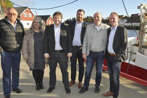 VEIPAKKE LOFOTEN: Lofotrådet får 375.000 kroner fra Nordland fylkeskommune til å utrede fordelene med kortere vei mellom Leknes og Svolvær. Nå må kommunene finne et tilsvarende beløp for å få gjennomført undersøkelsen.