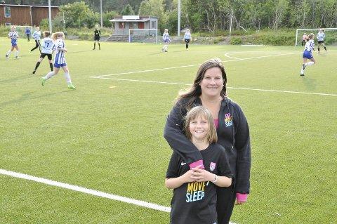 SIL: Marit Størmer Nordby, her med datteren Pia tar i dag imot tidligere landslagstrener Jarl Torske.
