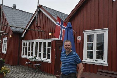 Fornøyd: Svein Kåre Johnsen er fornøyd med at det ble pluss i regnskapet til Kræmmervika Havn AS. Foto: Kai Nikolaisen