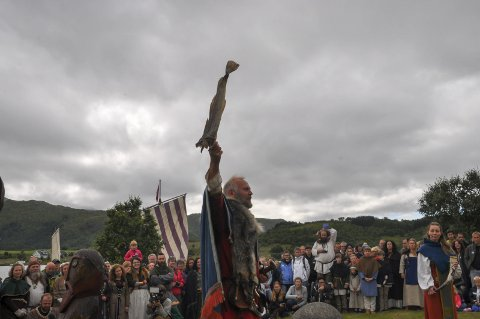 HYLDET HAVET: Høvdingen hyldet havets ressurser da han åpnet årets utgave av Lofotr vkingfestival. Alle foto: Kai Nikolaisen