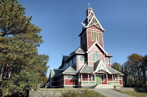 Brannalarm: En automatisk brannalarm ble utløst i Buksnes kirke mandag morgen. Arkivfoto