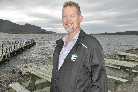 Fiskeri og olje: Per Roger Vikten fra Gravdal leder Kystpartiet i Norge, og topper listen i Nordland. I 2001 kom Steinar Bastesen inn på Stortinget fra Nordland. – Vi ligger ikke høyt på meningsmålingene, for å si det slik, men alt håp er ikke ute, sier Vikten om egne sjanser mandag. i skolevalget i hjemkommunen fikk partiet to stemmer. FOTO: MAGNAR JOHANSEN