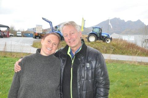 AKSJER: Styreleder Thorvardur Gunnlaugsson og daglig leder Gillian Hockly i Lofoten Matpark får økonomisk drahjelp fra Vestvågøy.