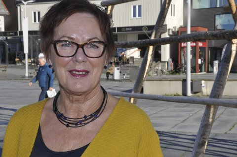 FLERE FARGER: Audhild Berthinussen, leder for kultur og idrett i Vågan kommune, mener nominasjonen er helt fantastisk.