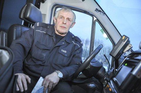 LÅS BILEN: Trond Liland roser politiet etter biltyvene ble tatt, og  oppfordrer nå alle til å låse bilene.