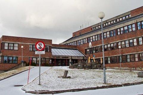 ANMELDT: Rådmann Kjell Idar Berg bekrefter at to personer er anmeldt etter å ha truet kommunalt ansatte