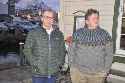 LOFOT-TRAFIKK: Styreleder i Destination Lofoten, Svein G. Helland, mener trafikkproblemene enkelte steder krever tiltak. Her sammen med tidligere Vågan-ordfører Eivind Holst.