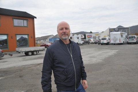 TOMT FOND: Næringssjef Sigve Olsen i Vestvågøy kommune mangler penger til næringsstøtte i 2020 etter at tilførselen på 750.000 kroner ble kuttet i budsjettbehandlingen.