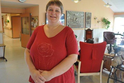 SYKEHJEM: – Enorme snømengder har ført til større vannlekkasjer, sier styrer Linda Markussen ved Solhøgda bo- og behandlingssenter på Napp. Arkivfoto
