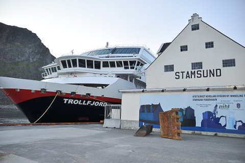 I tenkeboksen: Hurtigruten er fremdeles i tenkeboksen på om de skal gjøre som Havlia - å droppe bilkapasitet på skipene.