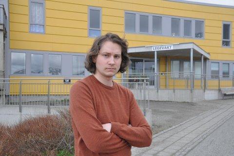 ADVARER MOT KUTT: Hovedtillitsvalgt Kim-Remi Sandvær i Norsk Sykepleierforbund i Vestvågøy ble delvis hørt i kommunestyret tirsdag.