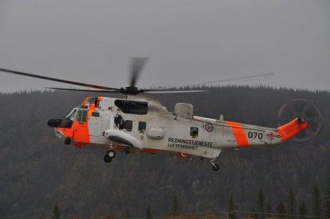 HRS har nå øvelse med Alpin redningsgruppe fra Svolvær på Kalle i Vågan.