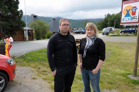 Overrasket: Driverne av Sandsletta Camping, Terje og Beate Bertheussen, forteller at det var en hyggelig overraskelse å komme på topp 10-lista over folkets favorittcampinger.