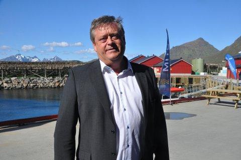 TILTAK: Fiskeriminister Harald T. Nesvik  vil stoppe fiskesmuglingen som utføres av fisketurister