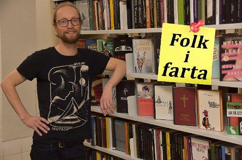 FOLK I FARTA: Joep Aarts har han bodd og jobbet et drøyt år i Vestvågøy, og han har ingen planer om å flytte på seg.