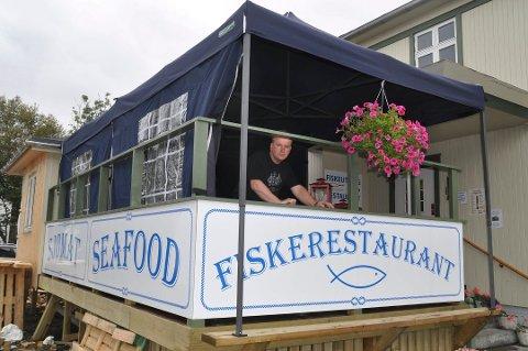 TRASIG: Svein Kåre Johnsen sier det er trasig at fiskerestauranten nå er konkurs.