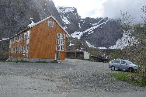 NASJONALPARK: Reine kultursenter på Reine blir nasjonalparksenter for Lofotodden nasjonalpark. Foto: Magnar Johansen